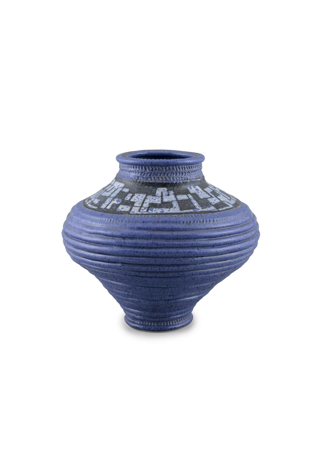 A 1970S 'TROIKA STYLE' POTTERY VASE, decorated in blue tones, signed 'P. Jones' to base. 26cm high