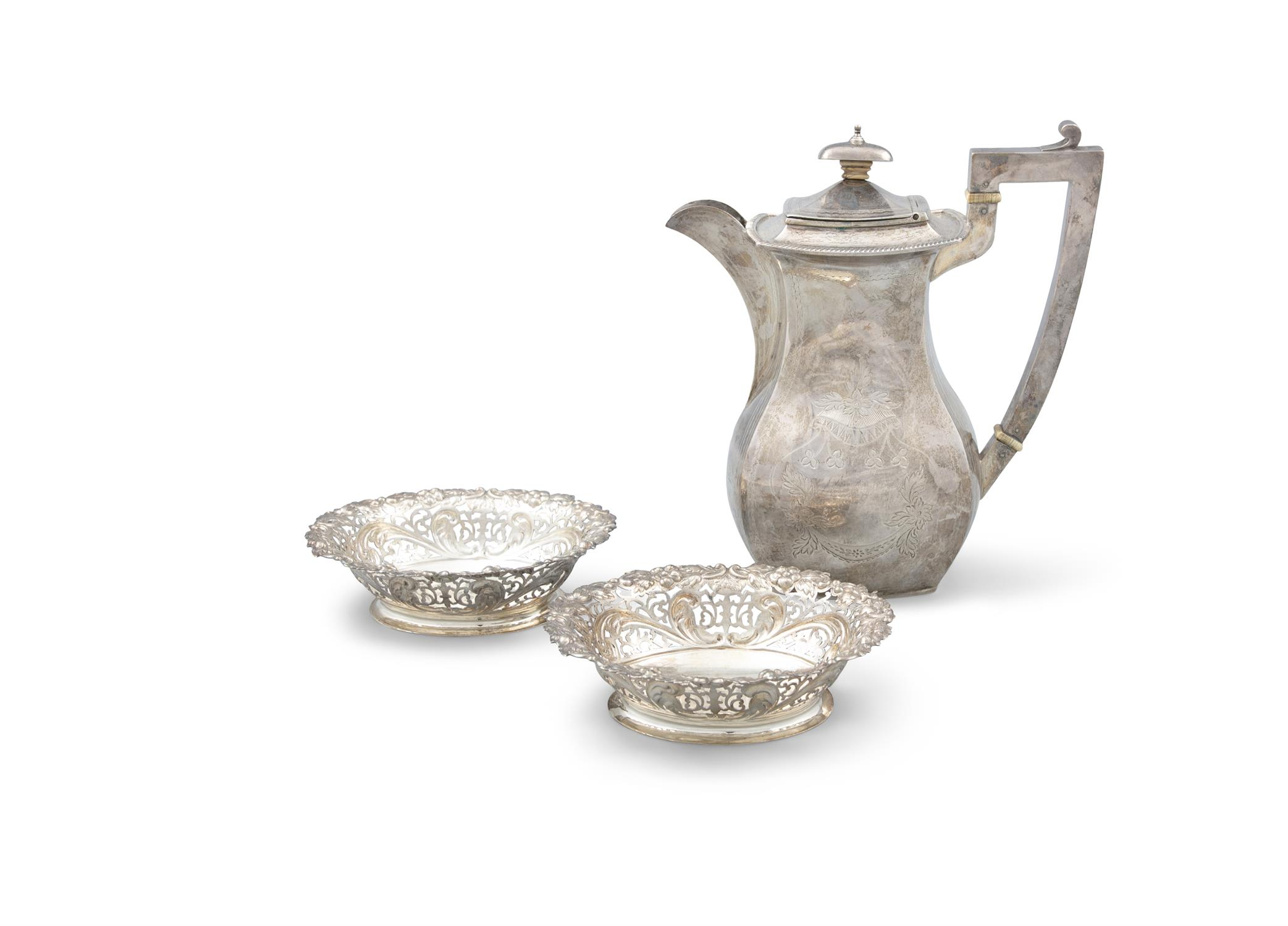 A PAIR OF VICTORIAN SILVER SWEETMEAT BASKETS, London c. 1894, maker's mark of Holland,