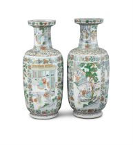 A PAIR OF CHINESES FAMILLE VERTE 'ROULEAU' VASES, Qing Dynasty, 19th Century, each with flared rim