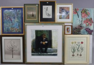 Various decorative pictures.