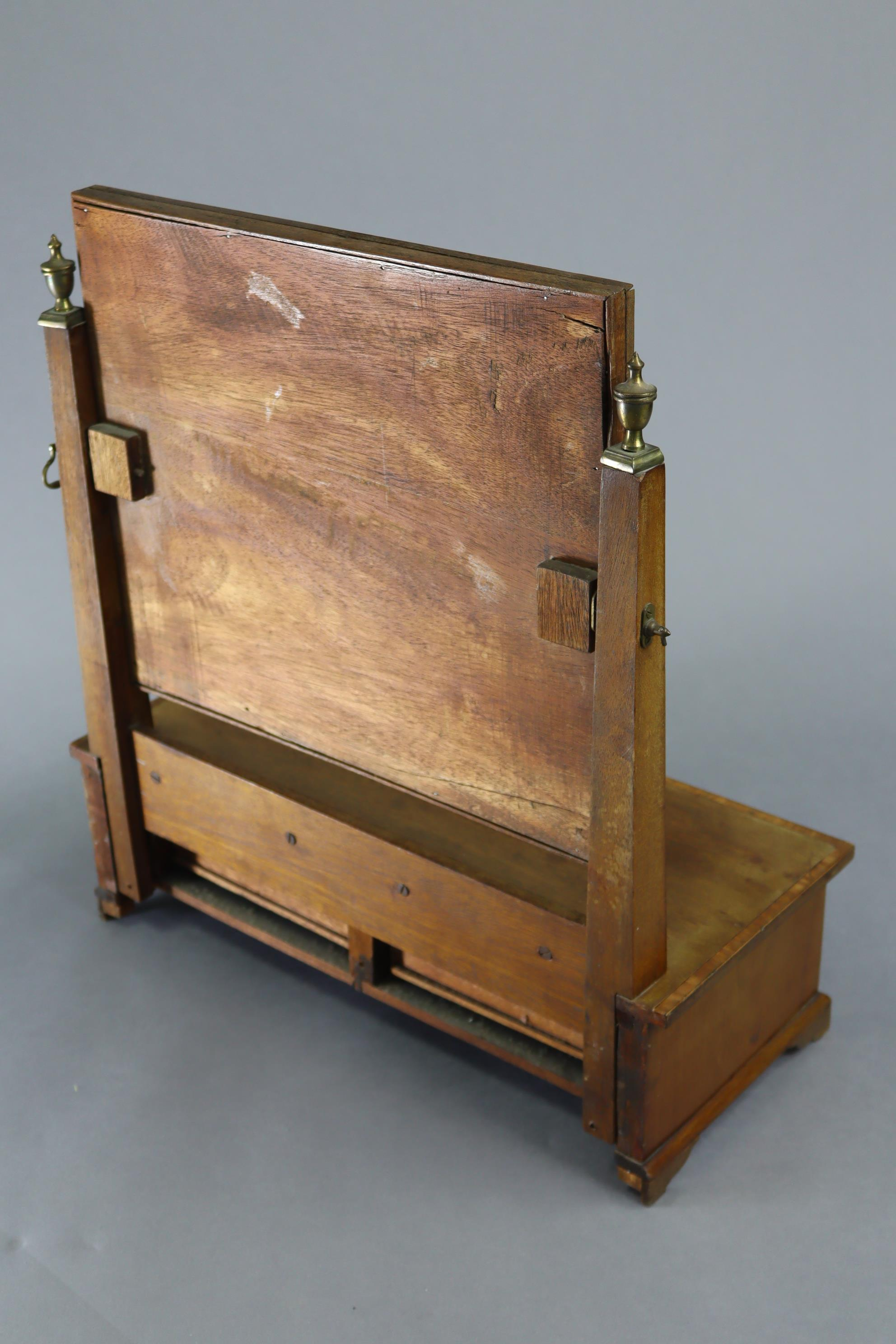 An Edwardian inlaid mahogany rectangular swing toilet glass, fitted two small drawers to the box - Image 5 of 5
