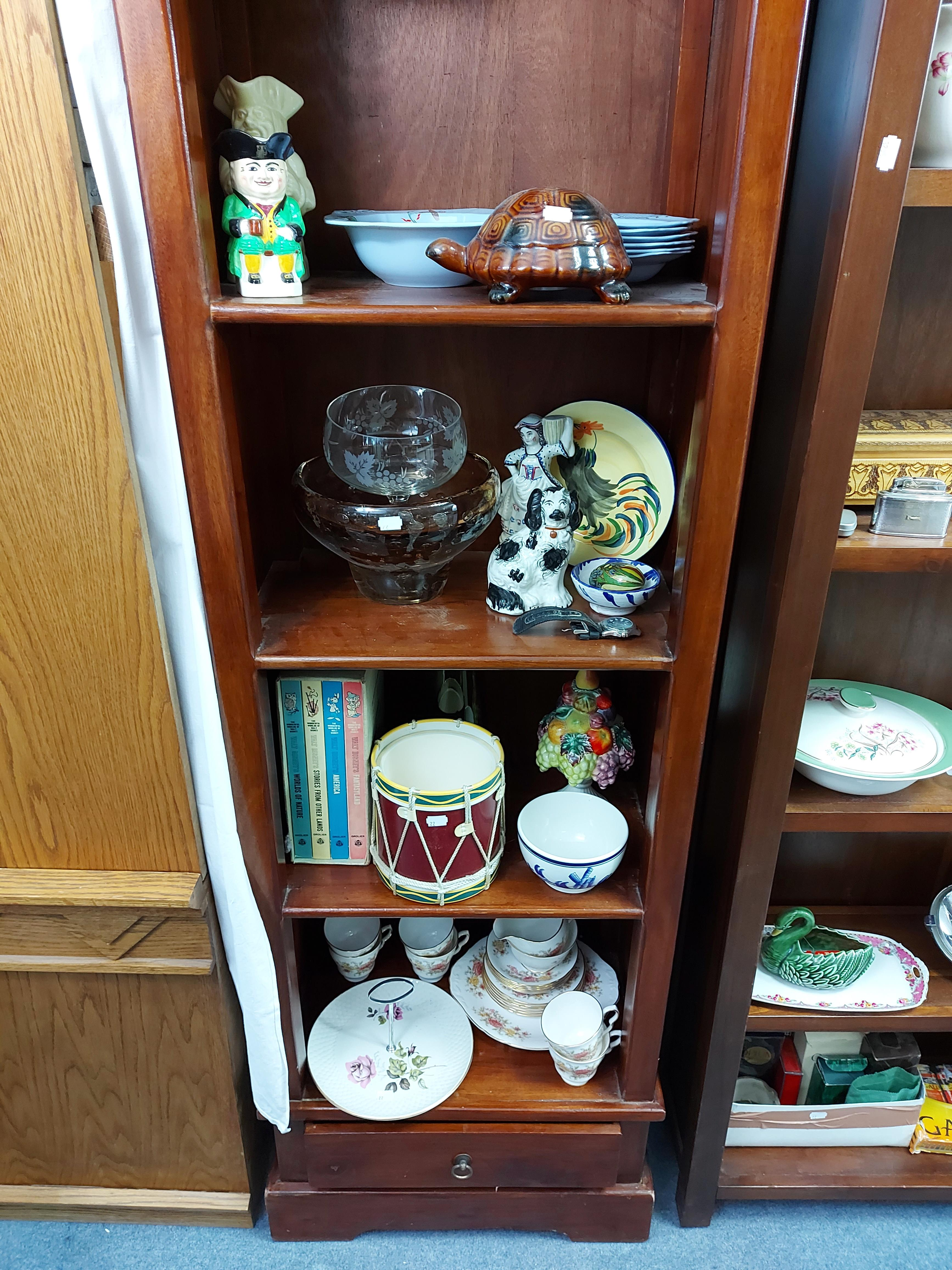Various items of decorative china, pottery, glassware, etc. - Image 3 of 8