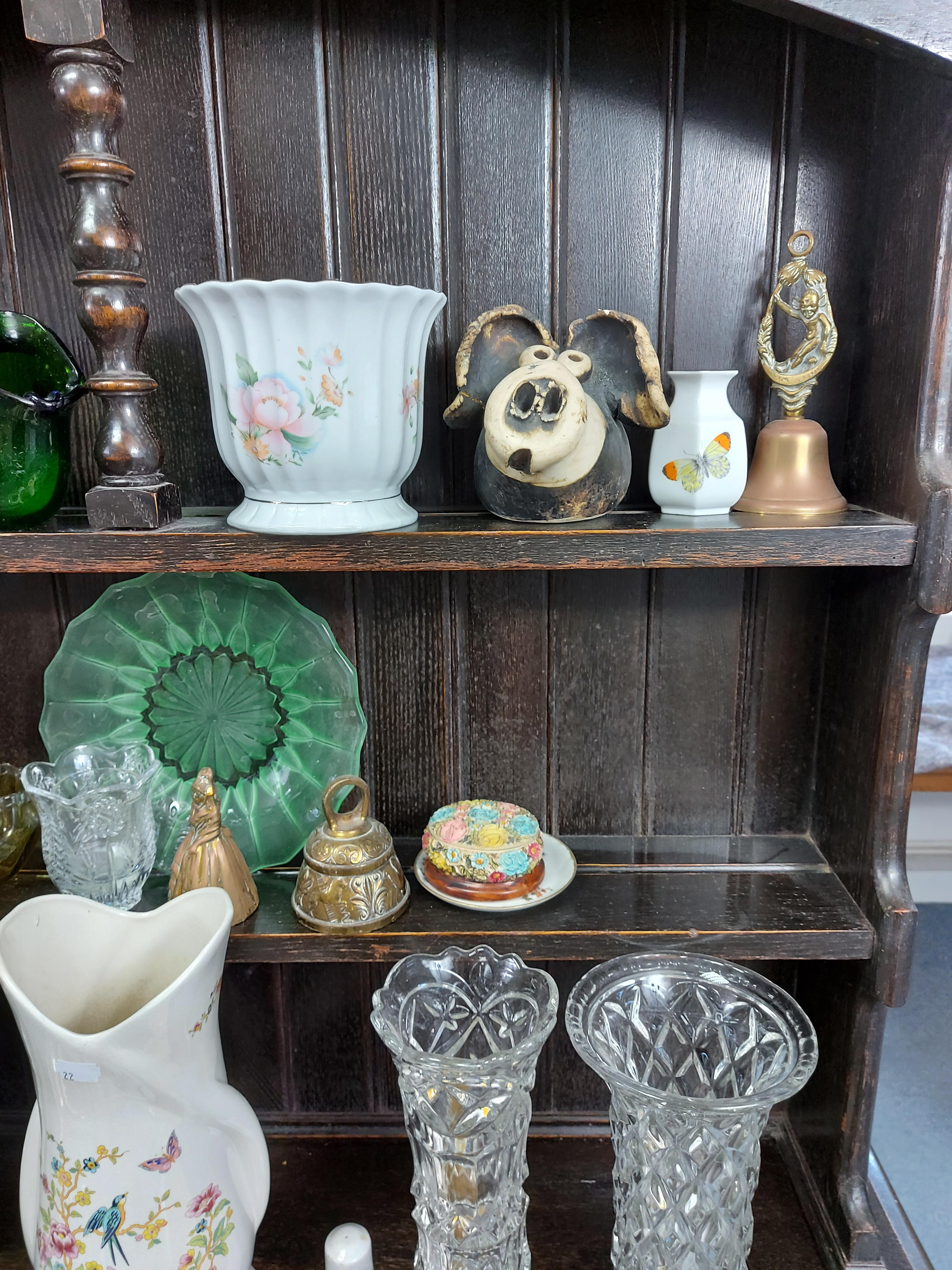 Various items of decorative china, pottery, glassware, etc. - Image 8 of 8