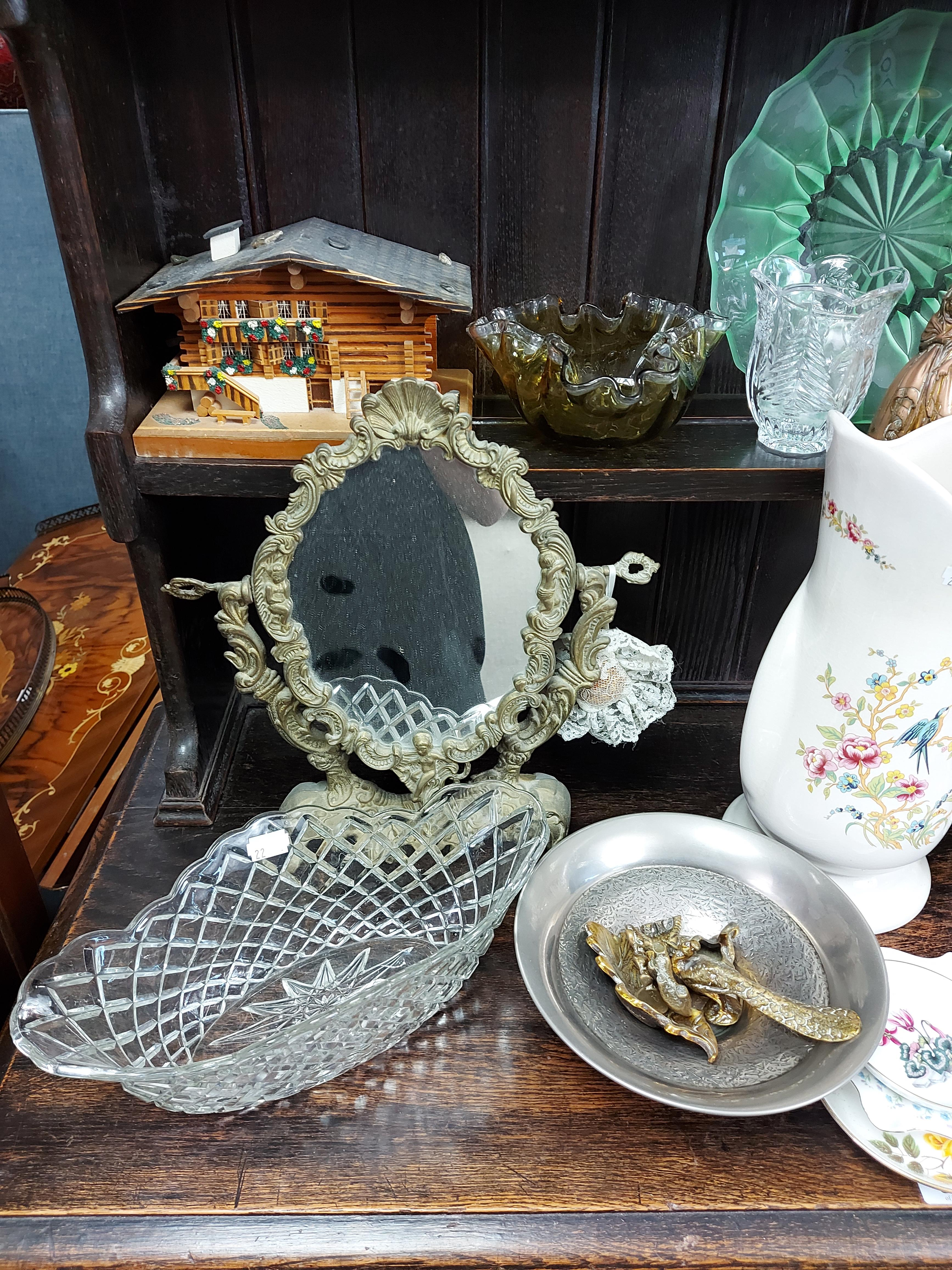 Various items of decorative china, pottery, glassware, etc. - Image 6 of 8