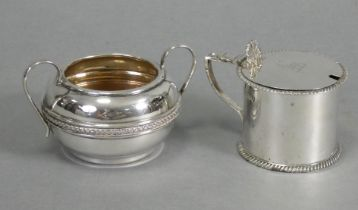 A Victorian silver drum mustard pot in the late 18th century style, the slightly domed hinged lid