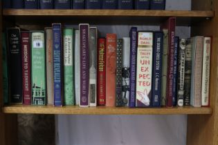 Fifty-three various folio society books (most with covers).