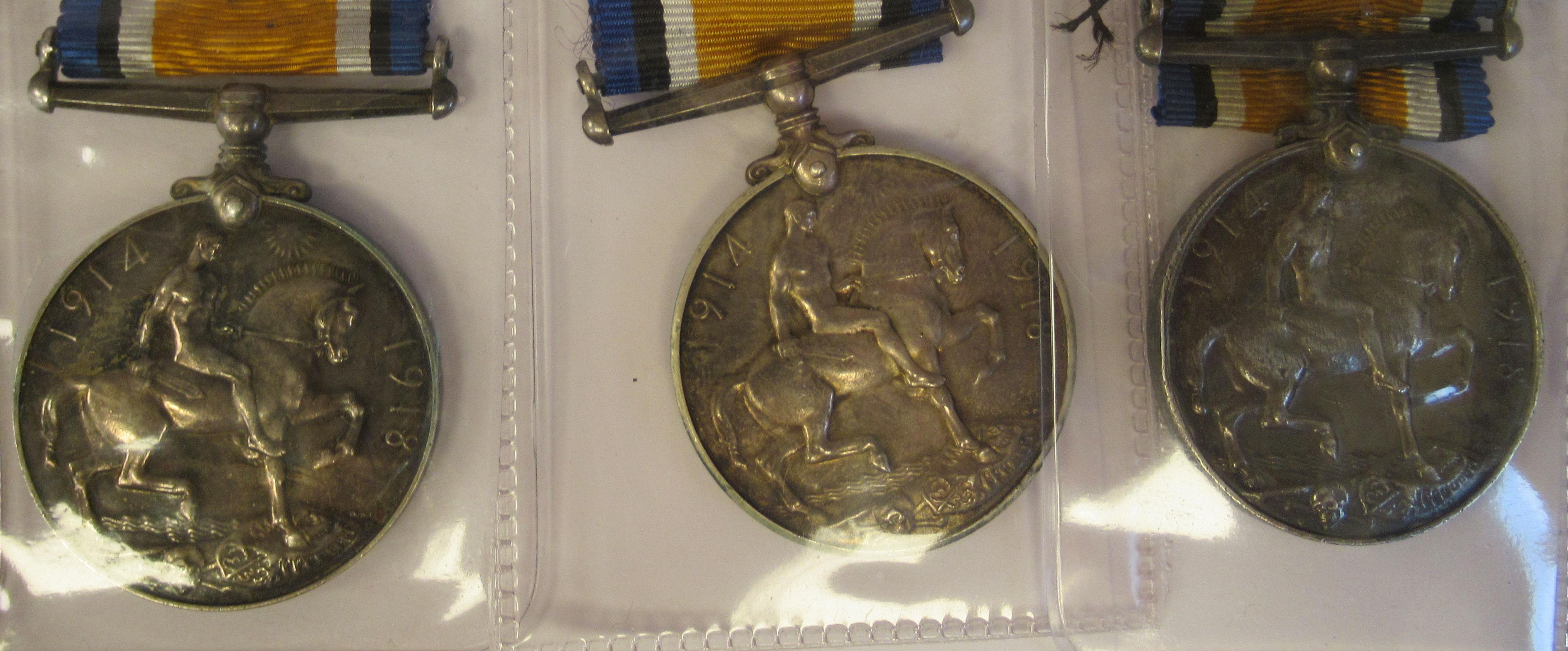 Twenty-four Great War 1914-1918 British service medals on ribbons, viz. 46481, Gnr. E. Williamson - Image 13 of 16