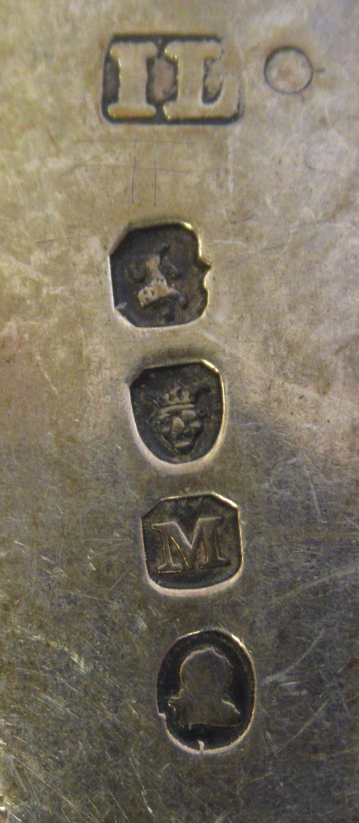 Two similar George VII silver Old English pattern sauce ladles with oval bowlsIL & JMLondon 1807 - Image 3 of 3