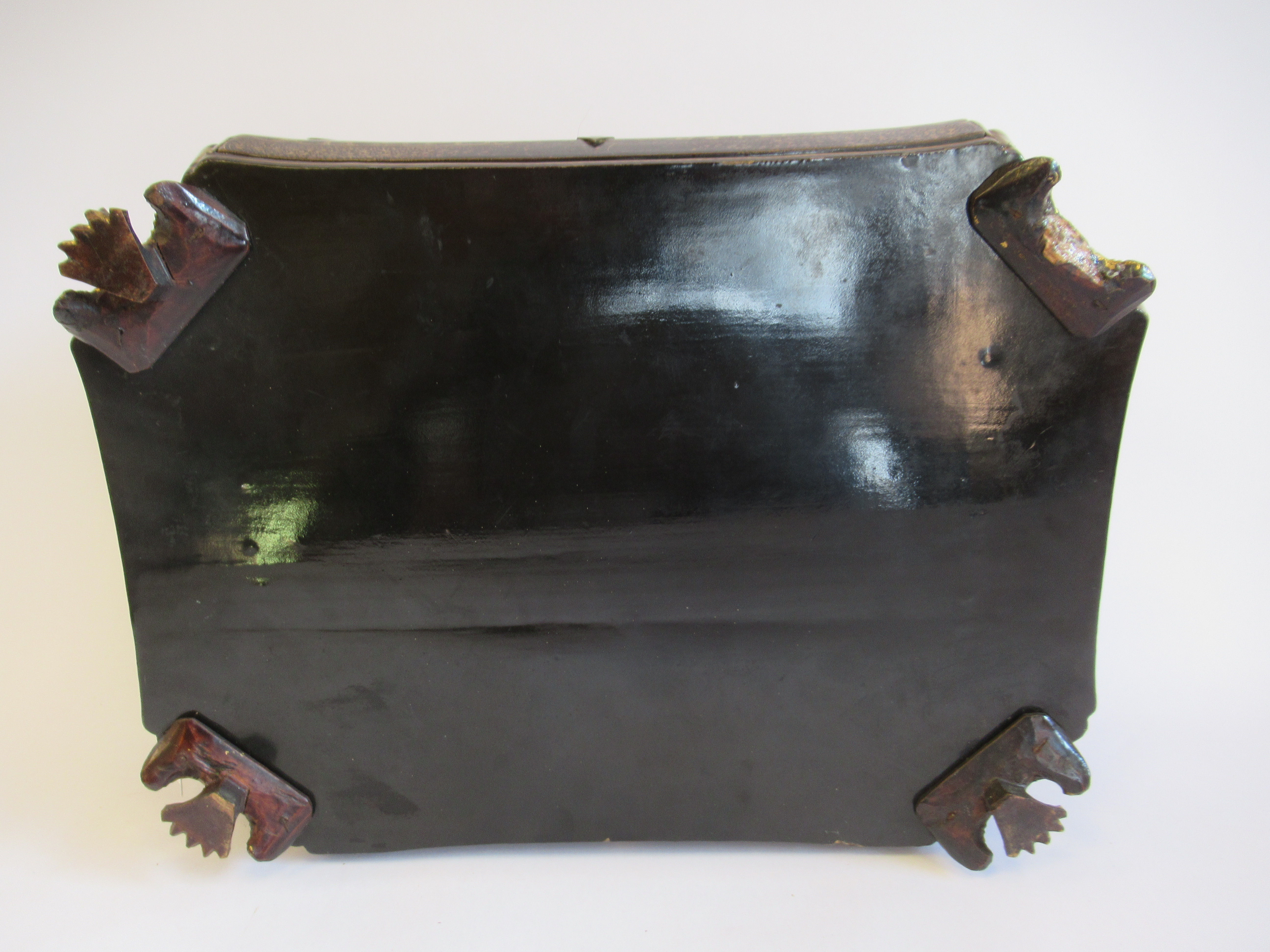 A late 19thC Sino European black lacquered sewing casket of incurved, elongated octagonal form - Image 8 of 11