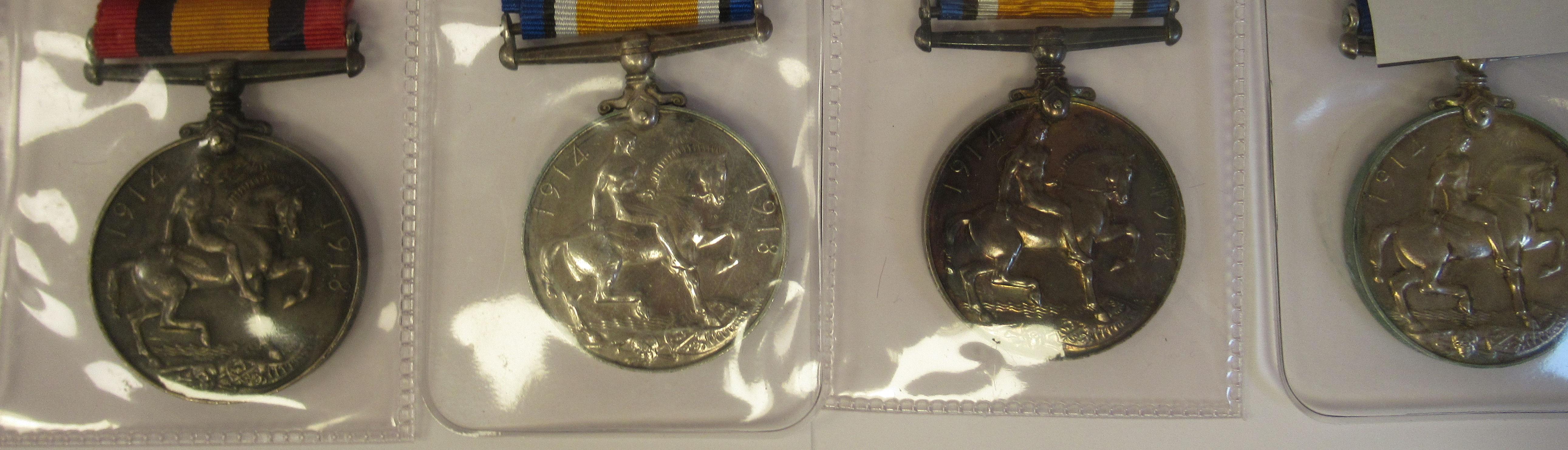 Twenty-four Great War 1914-1918 British service medals on ribbons, viz. 46481, Gnr. E. Williamson - Image 3 of 16