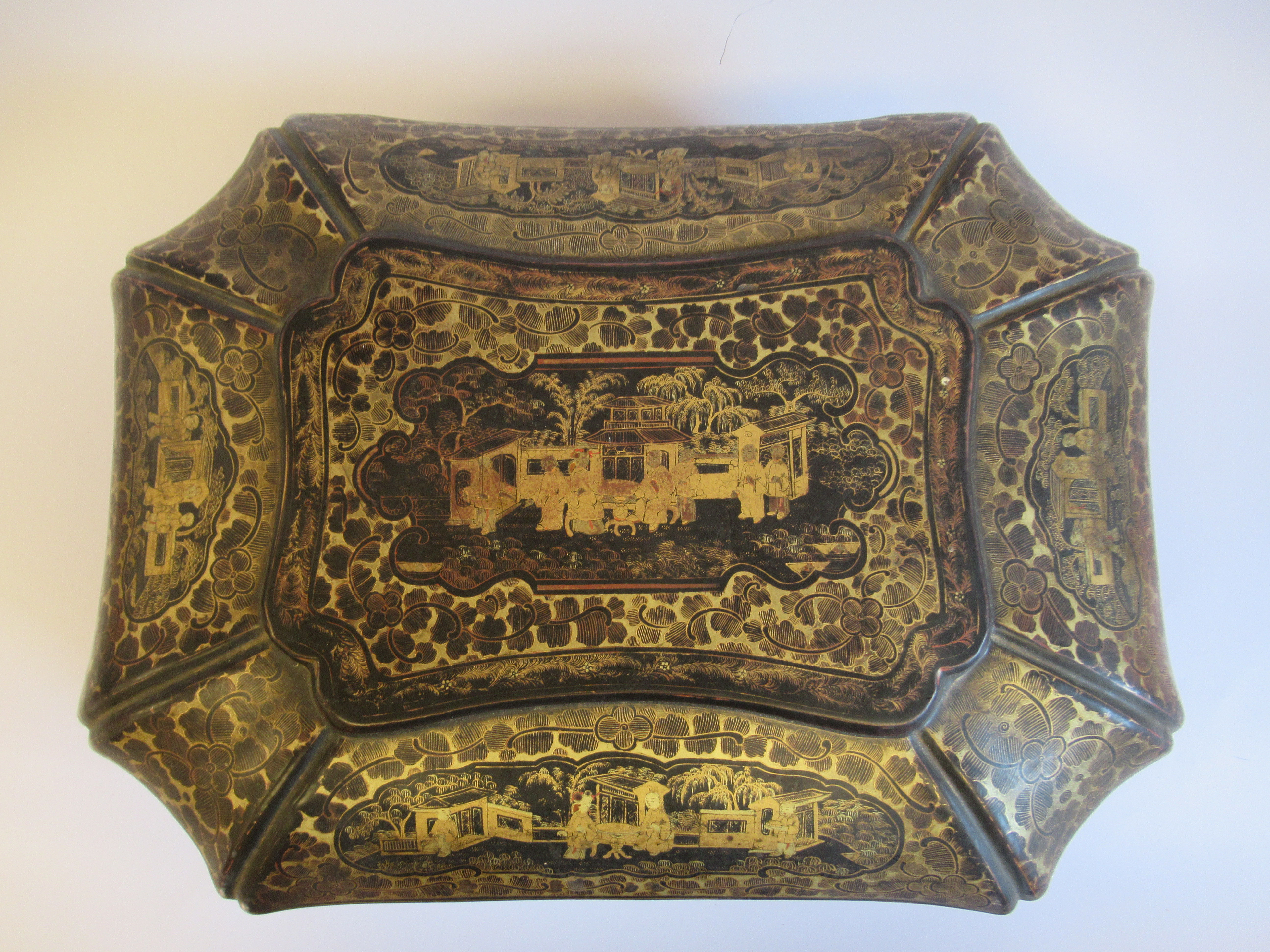 A late 19thC Sino European black lacquered sewing casket of incurved, elongated octagonal form - Image 6 of 11