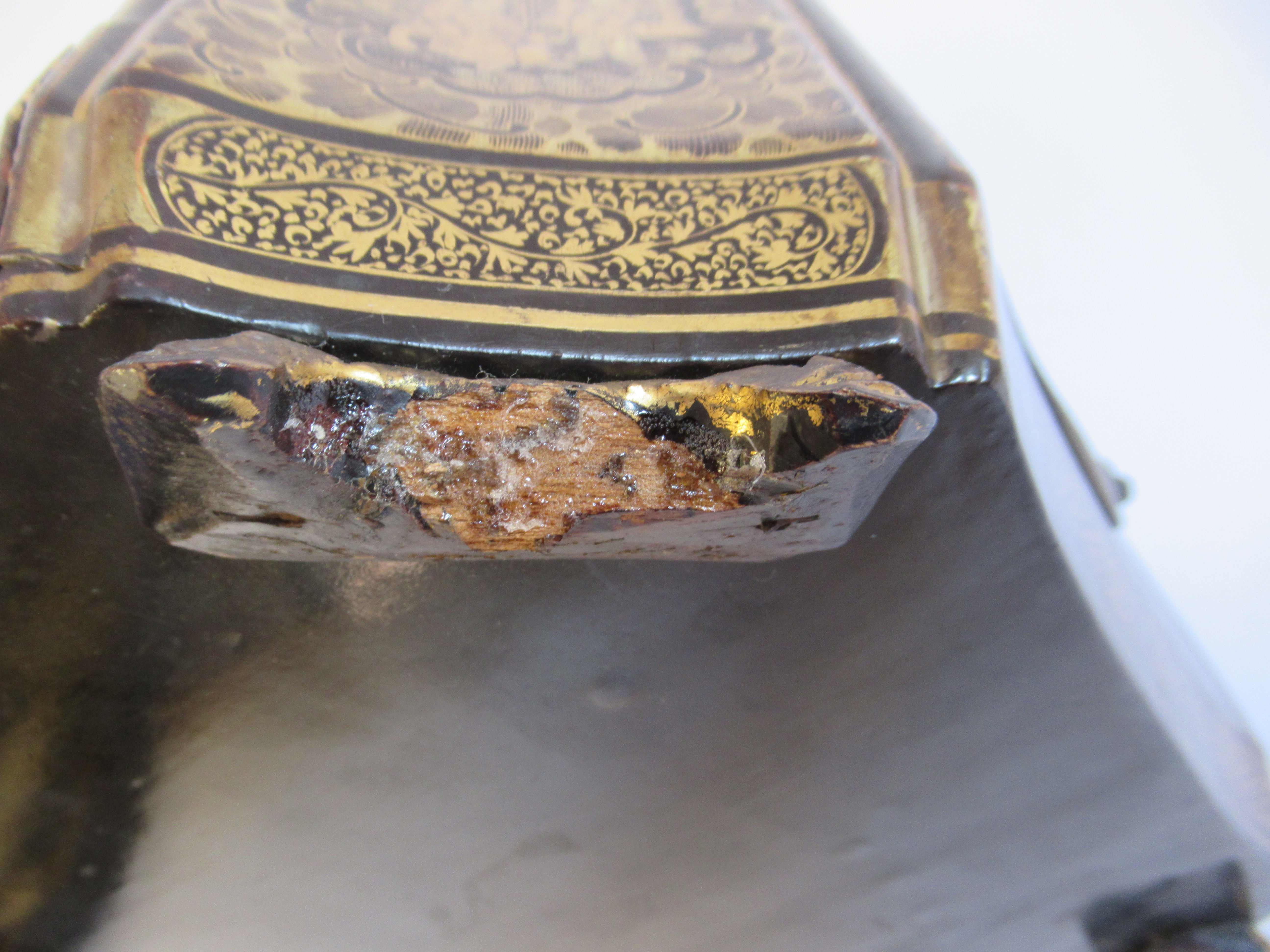 A late 19thC Sino European black lacquered sewing casket of incurved, elongated octagonal form - Image 9 of 11