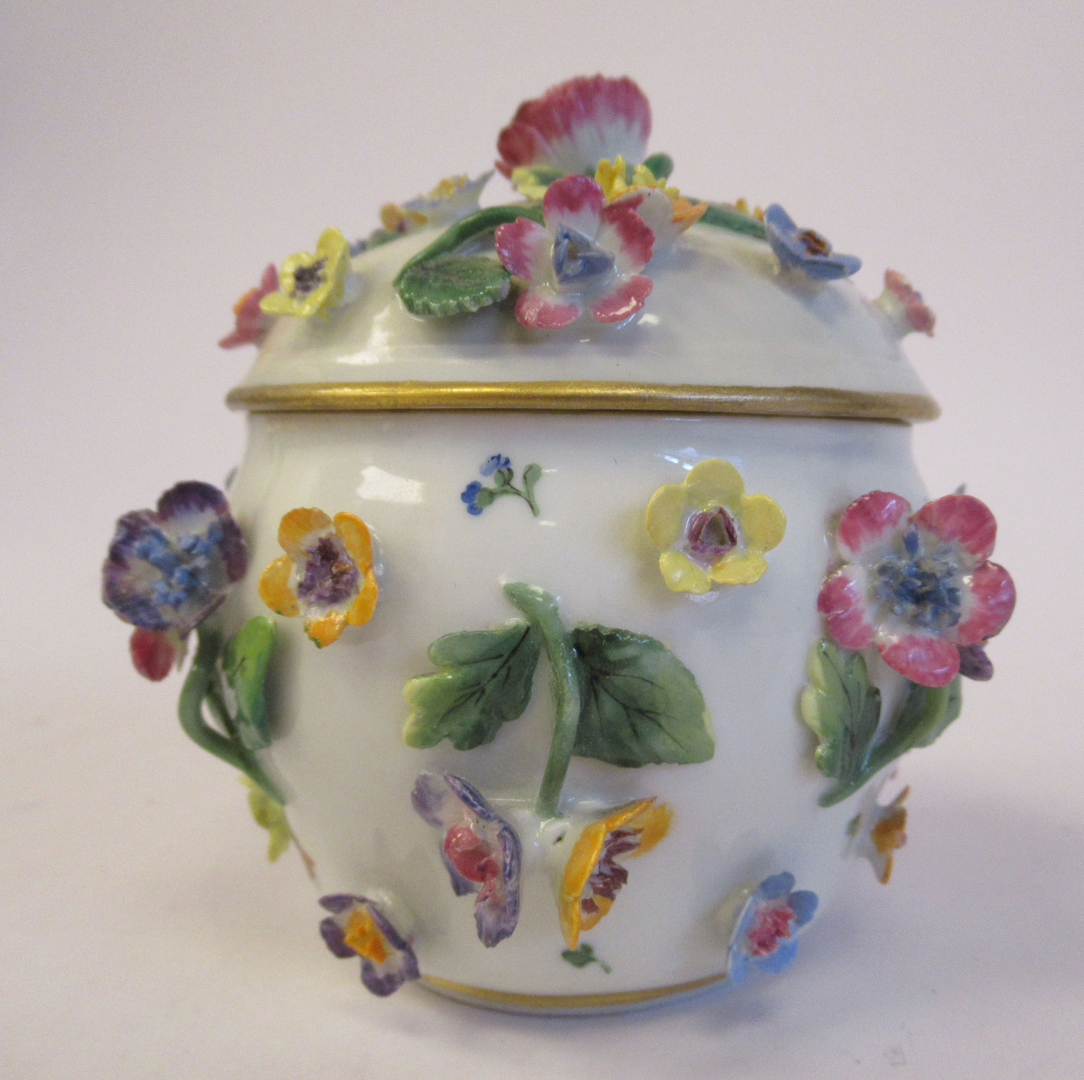 A 19thC Meissen porcelain bulbous pot and domed cover, decorated with encrusted flora and painted - Image 4 of 6