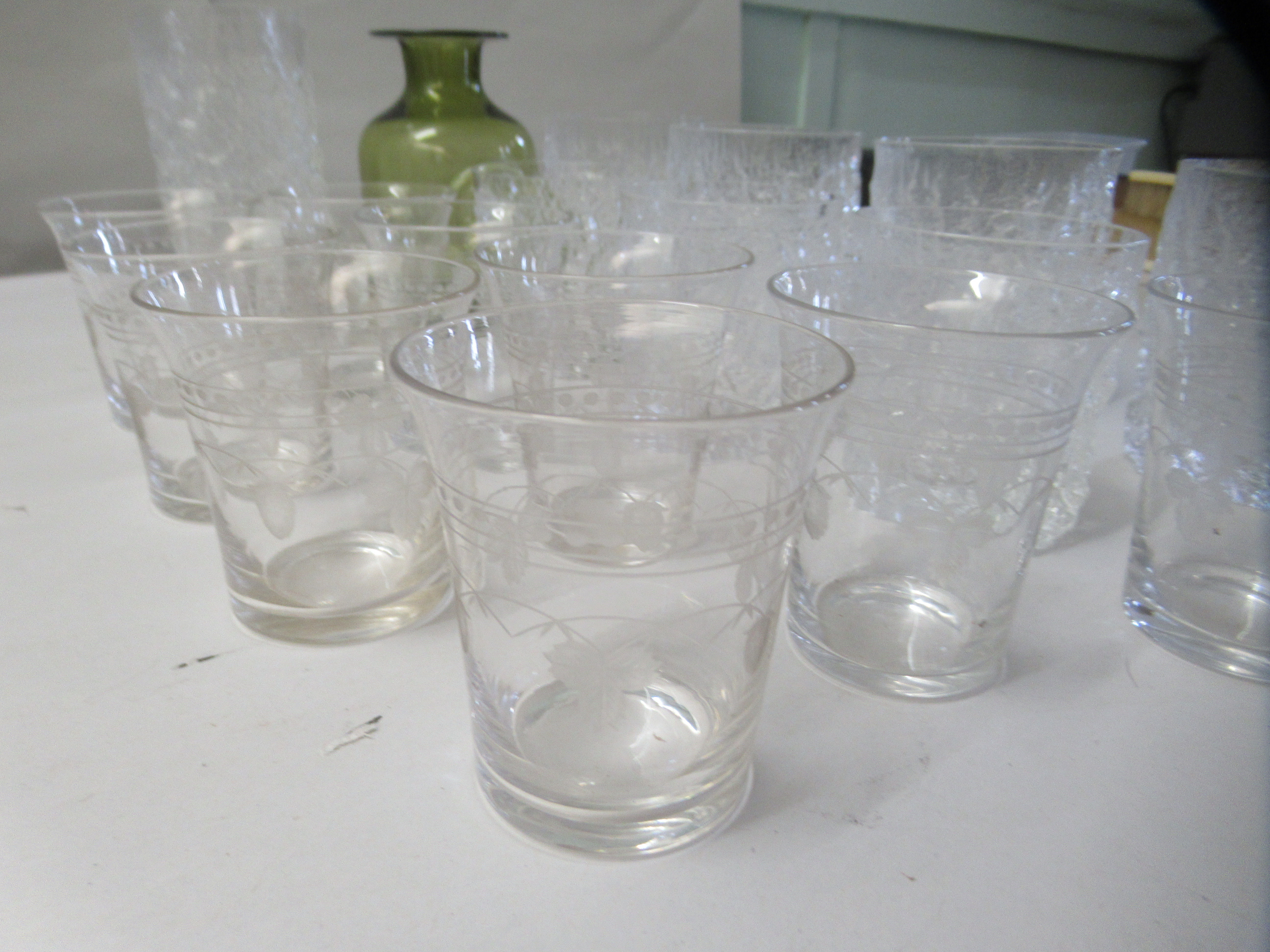 Bark effect Whitefriars cordial and other drinking glasses - Image 2 of 6