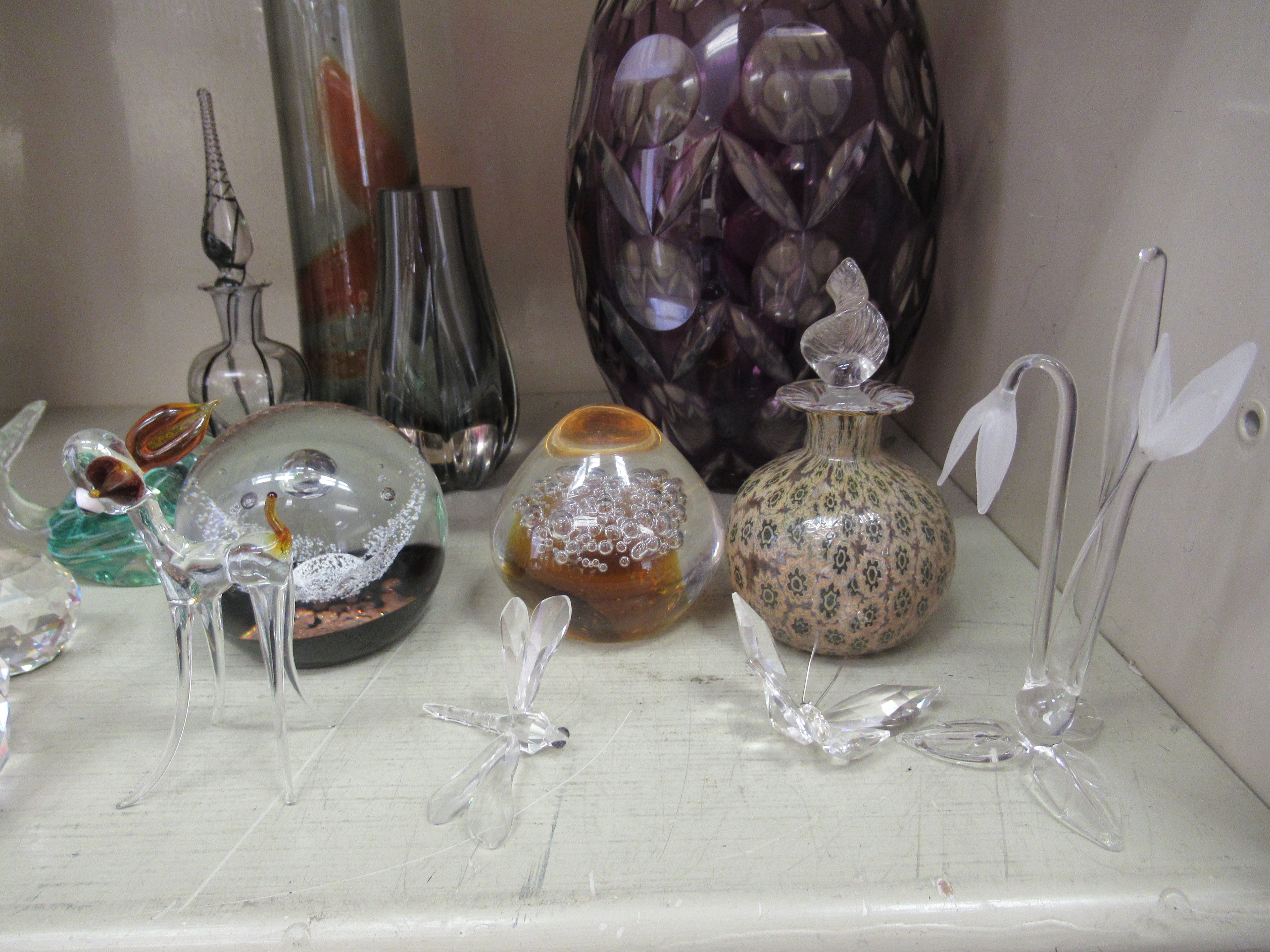 """Decorative glassware: to include a Caithness paperweight 'Free Spirit' 3.5""""dia - Image 2 of 5"""