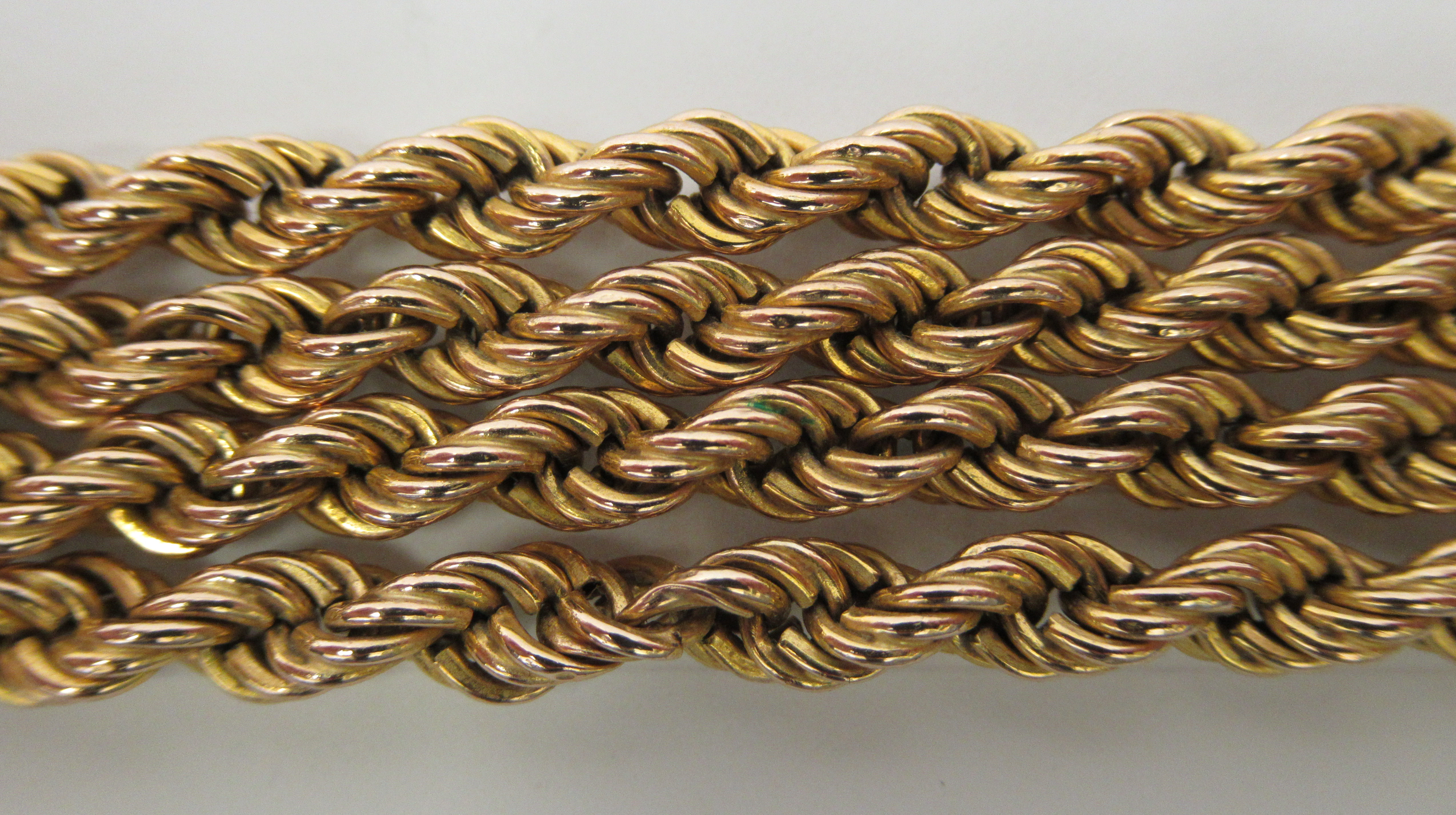 An Italian 9ct gold ropetwist design necklace - Image 2 of 3