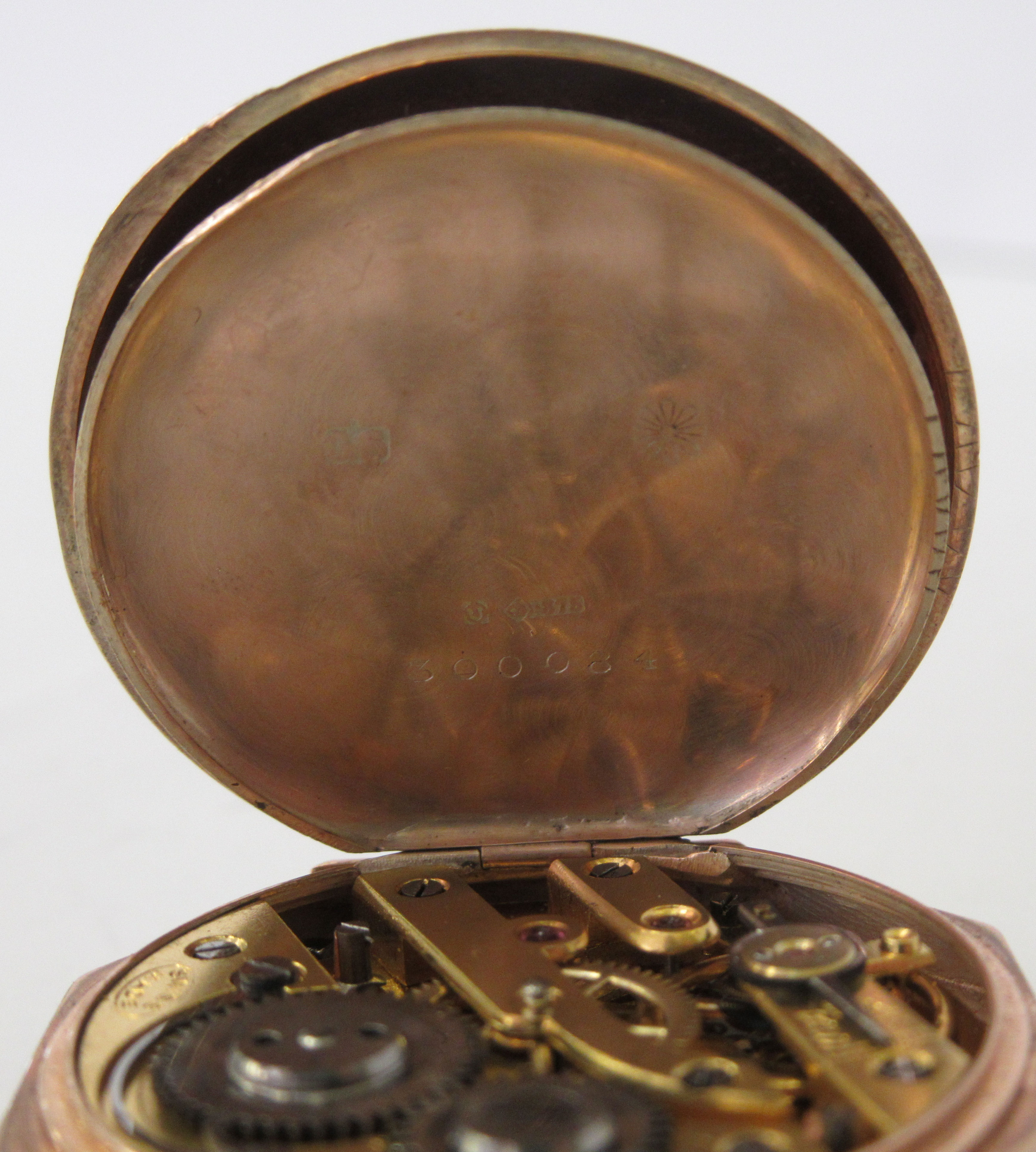 A 9ct gold cased fob watch with engraved and enamelled green ornament, the keyless movement faced by - Image 4 of 5