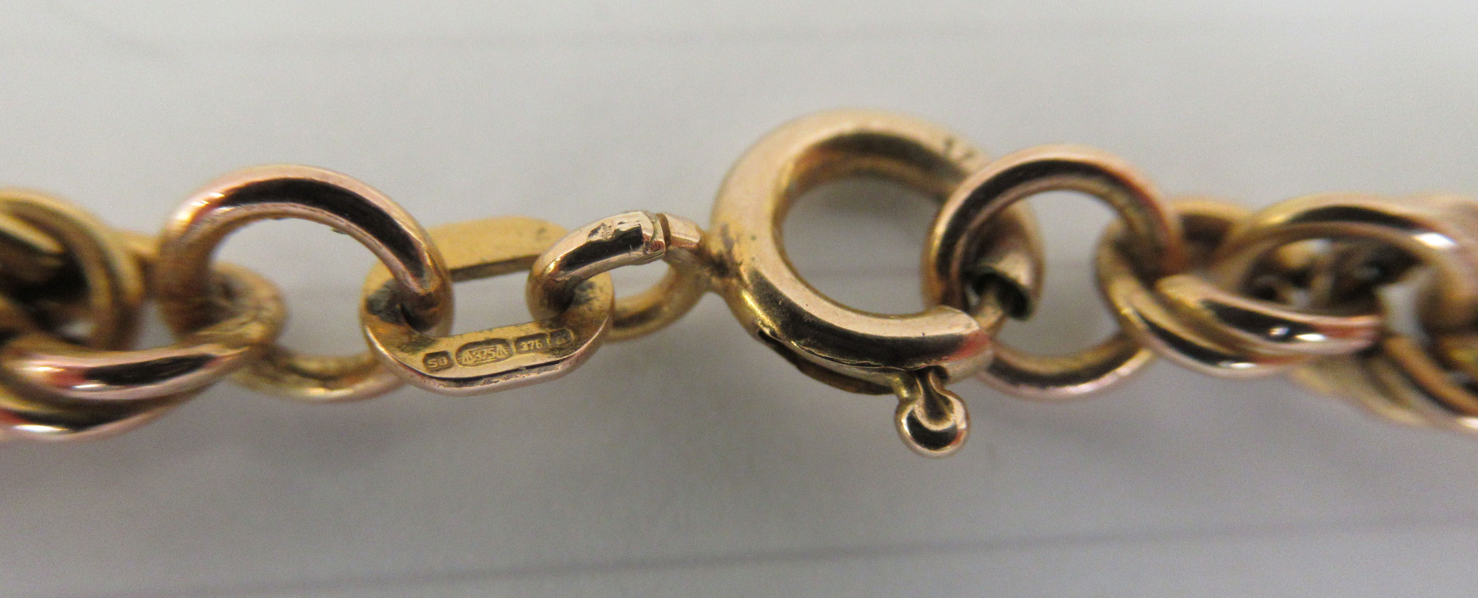 An Italian 9ct gold ropetwist design necklace - Image 3 of 3