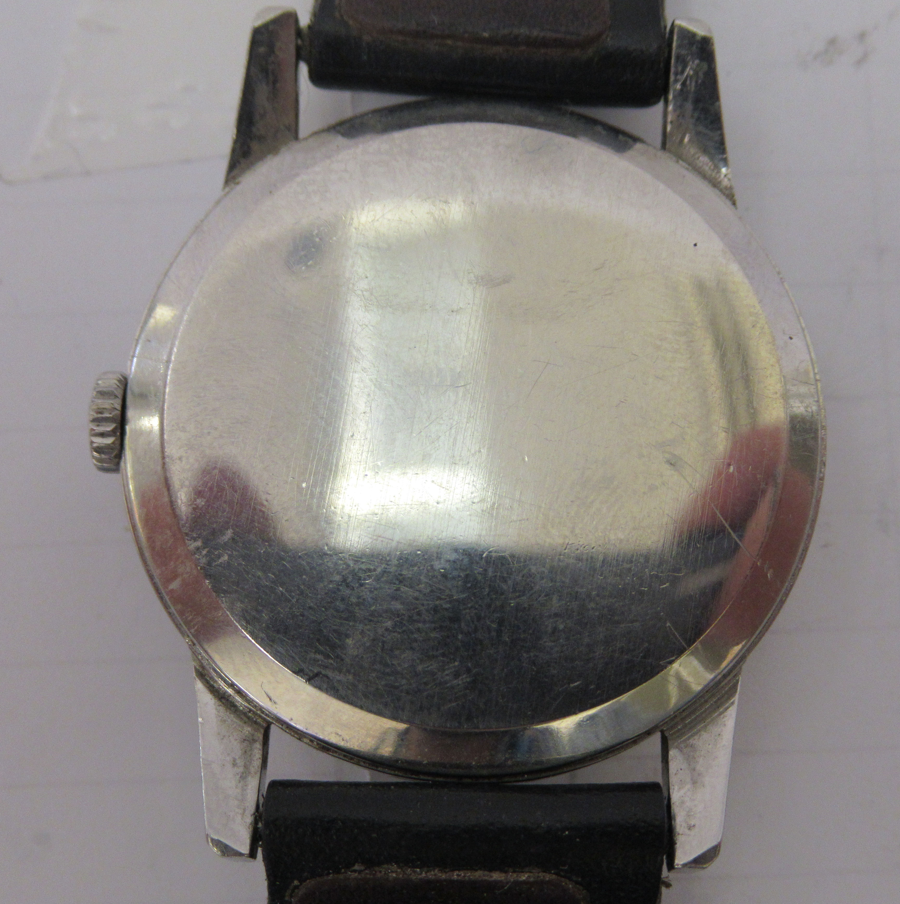 An Omega stainless steel cased wristwatch, faced by an Arabic dial with subsidiary seconds, on a - Image 2 of 3