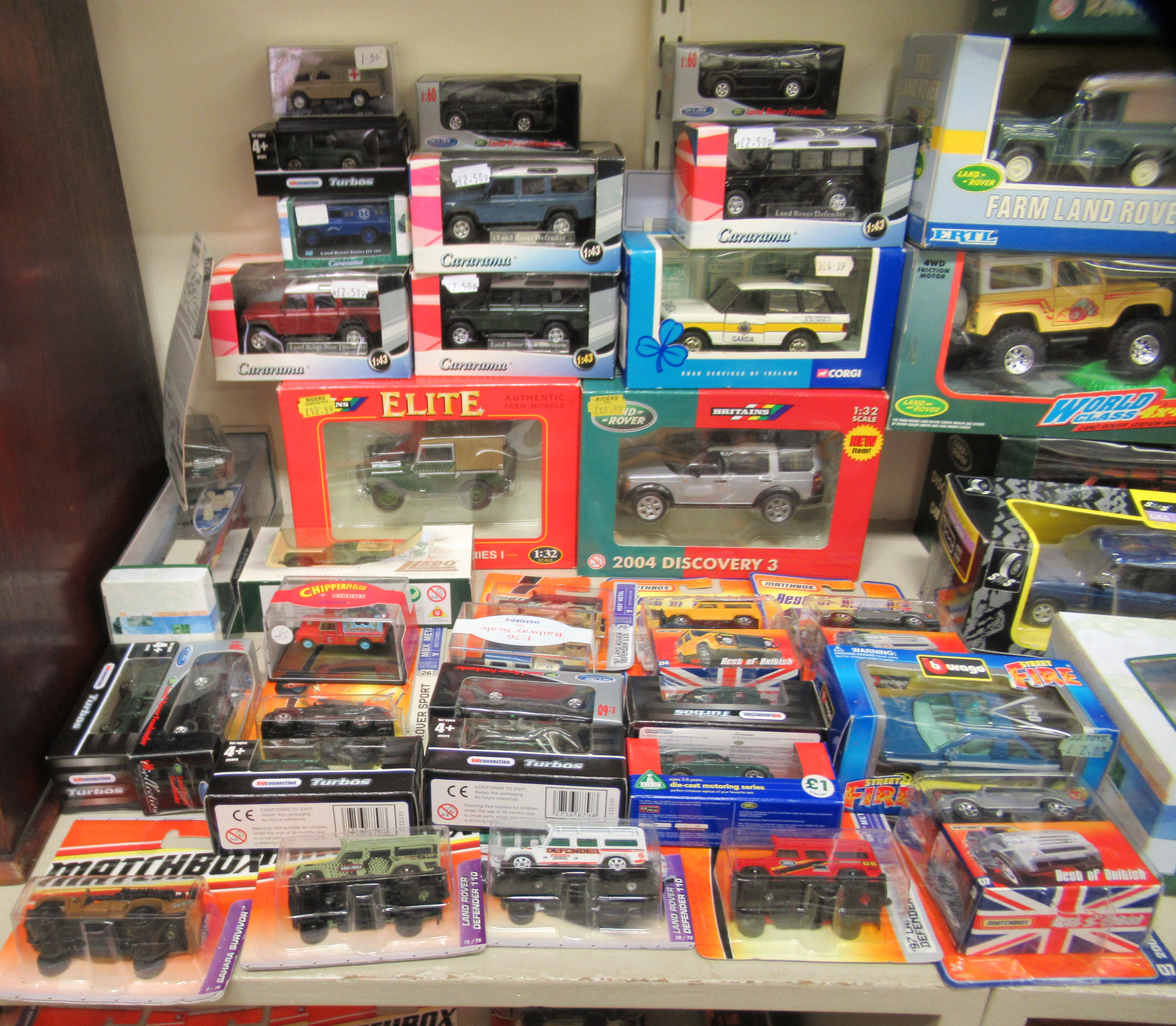 Diecast model vehicles: to include a Corgi 2002 Range Rover Vogue boxed - Image 2 of 4