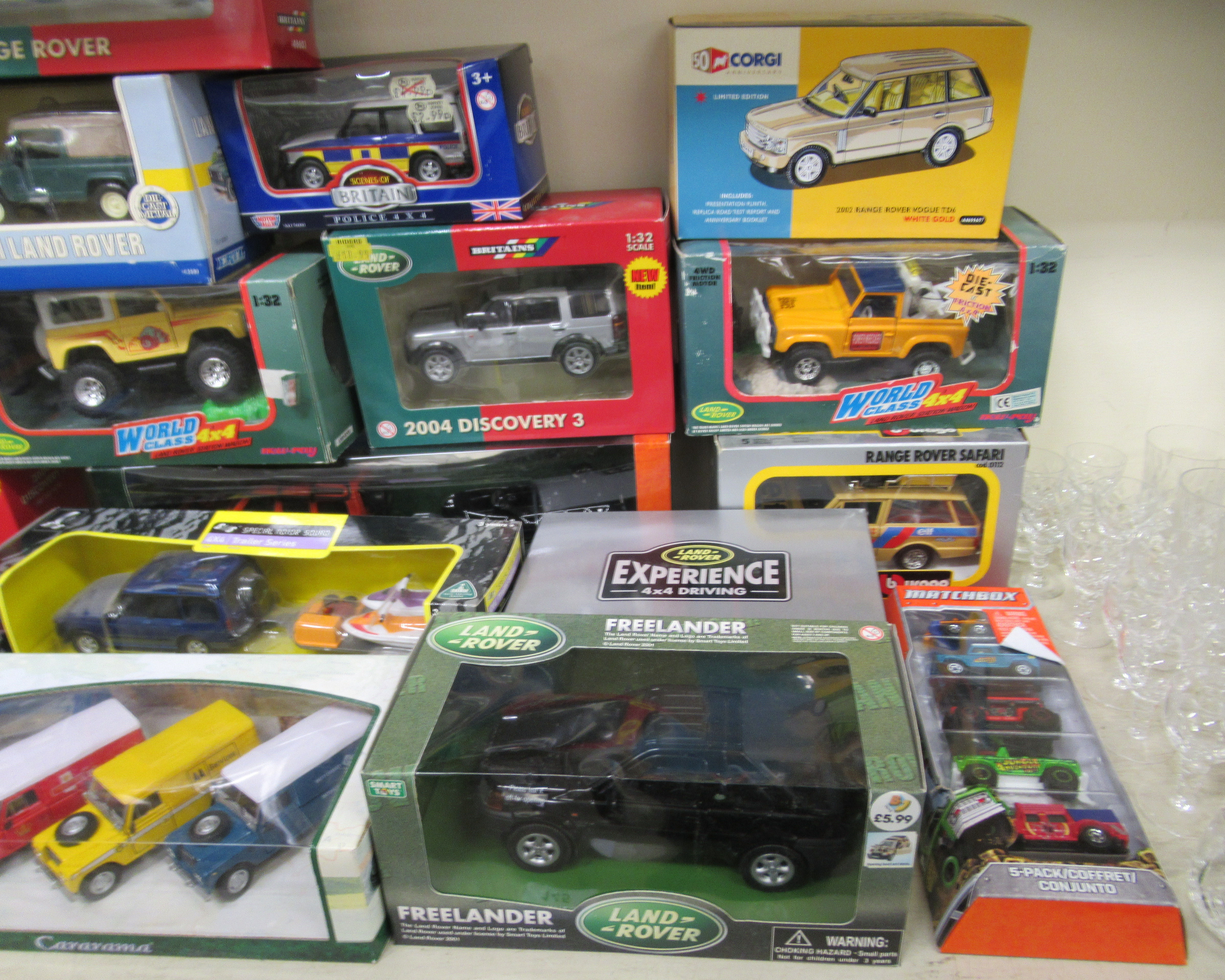 Diecast model vehicles: to include a Corgi 2002 Range Rover Vogue boxed - Image 4 of 4