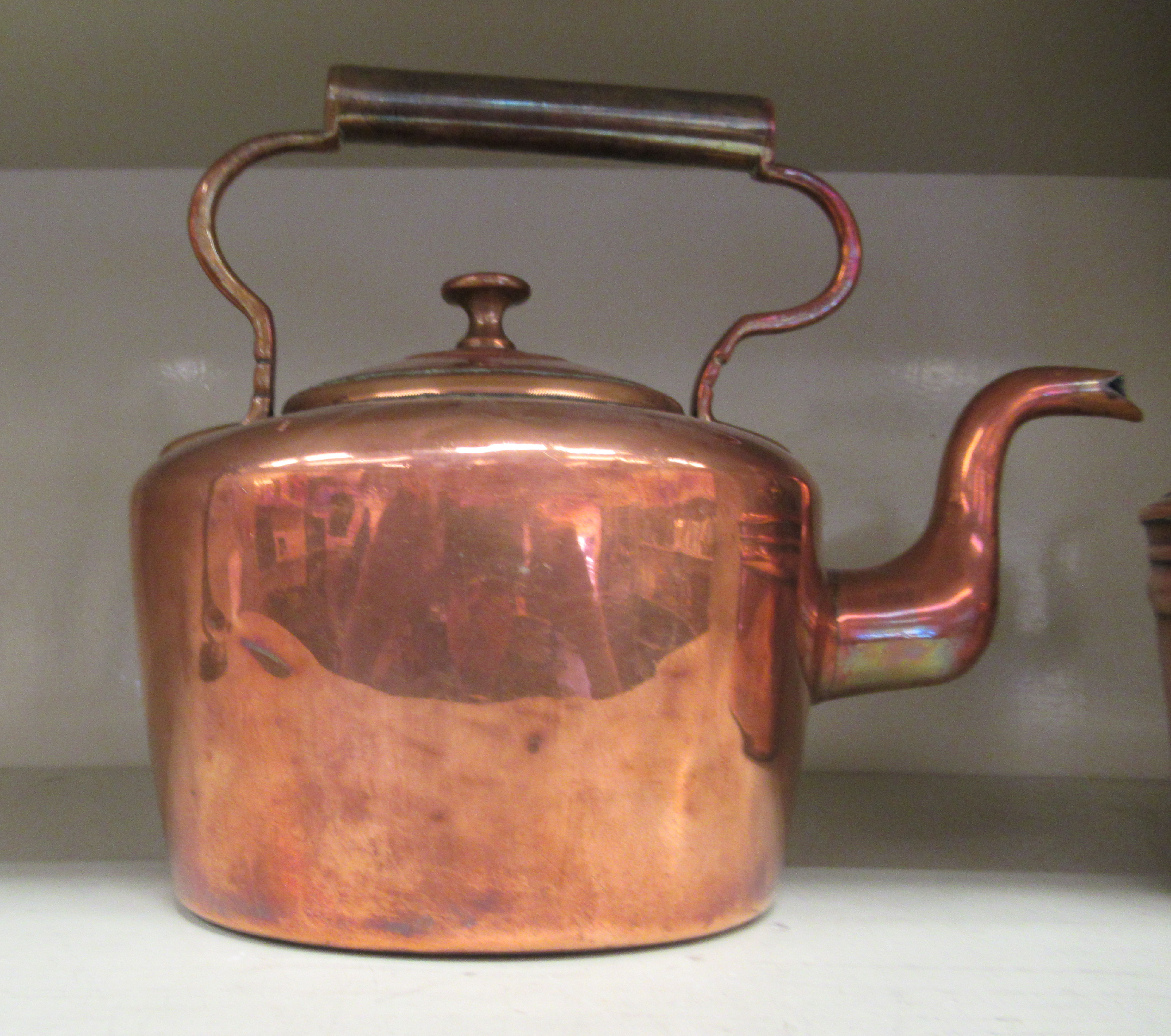 Two late Victorian copper kettles, each with a fixed top handle - Image 2 of 3