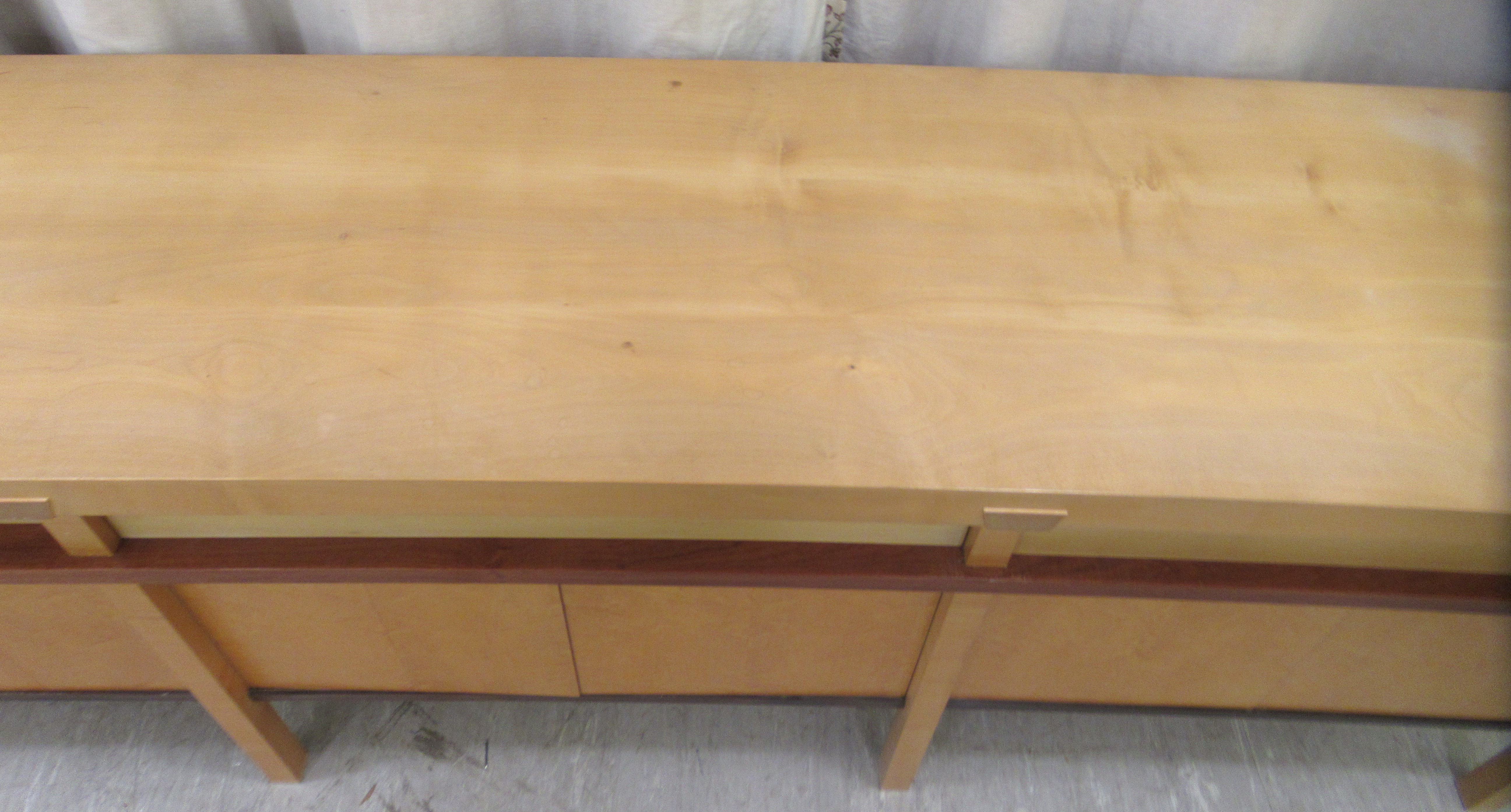 A 1960sJohn Makepeace OBE sideboard, constructed in sycamore, Andaman padauk and holly, - Image 4 of 12