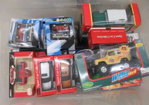 Uncollated, boxed, diecast model vehicles, mainly Land Rovers and Range Rovers with examples by