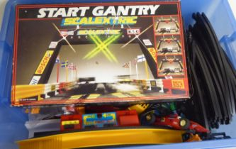 Scalextric cars and accessories: to include a start gantry boxed