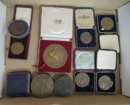 Medallions and medals: to include a Country Life Photography award cased