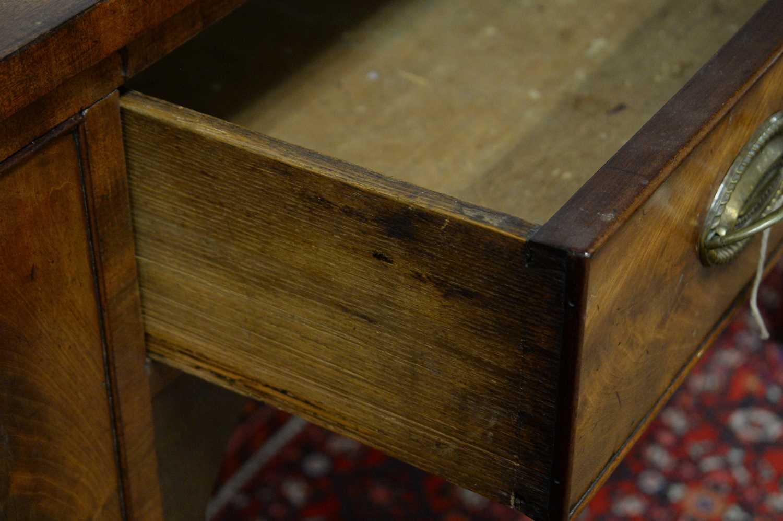 19th C mahogany sideboard. - Image 4 of 5