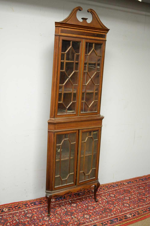 Edwardian mahogany corner cabinet. - Image 3 of 3