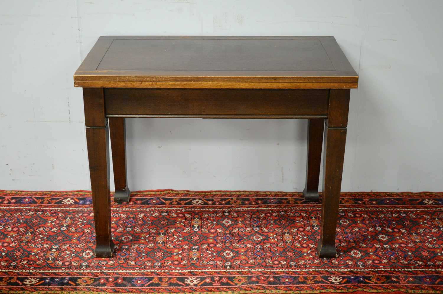 20th C oak dining table. - Image 2 of 5