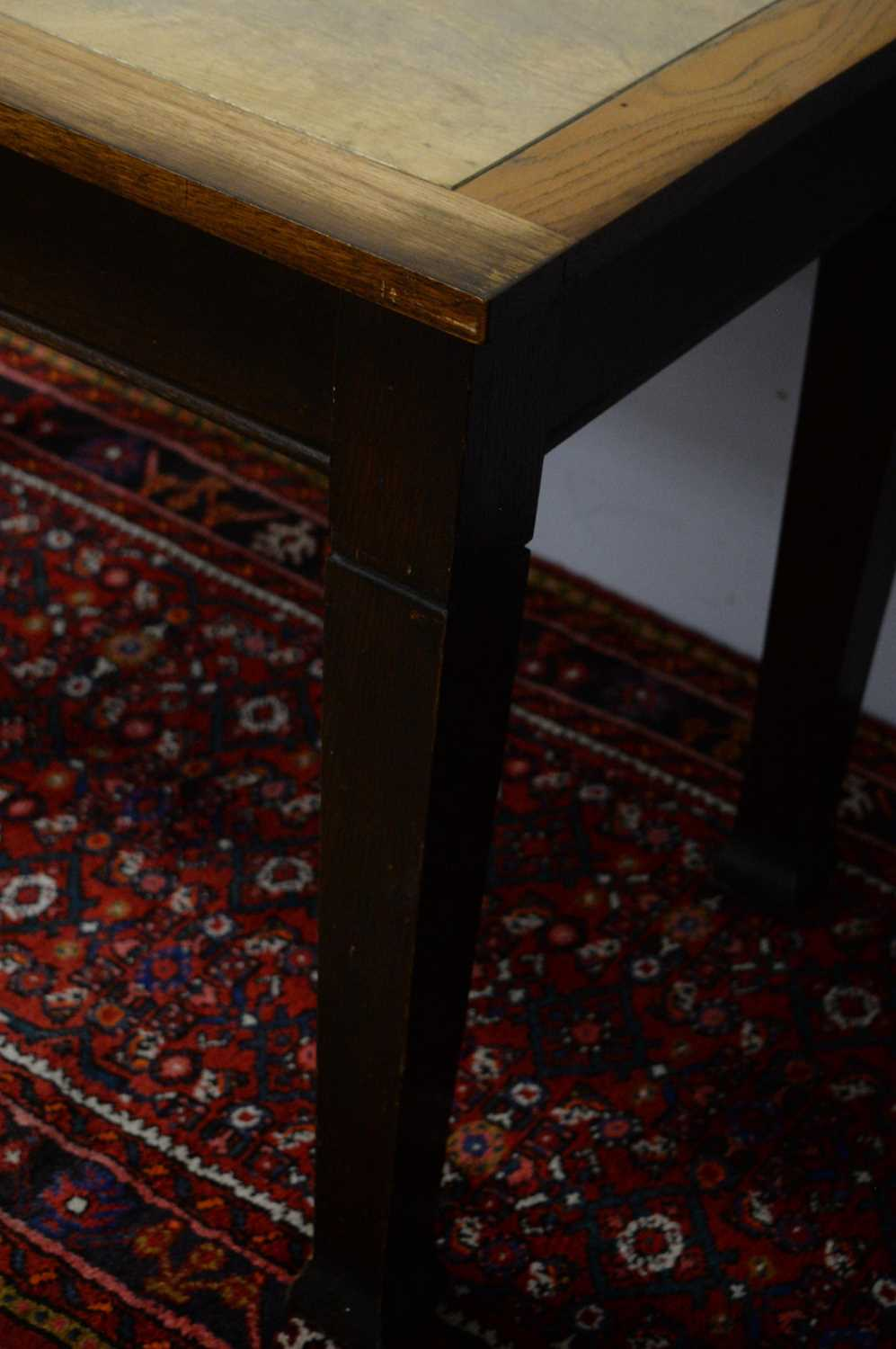 20th C oak dining table. - Image 4 of 5