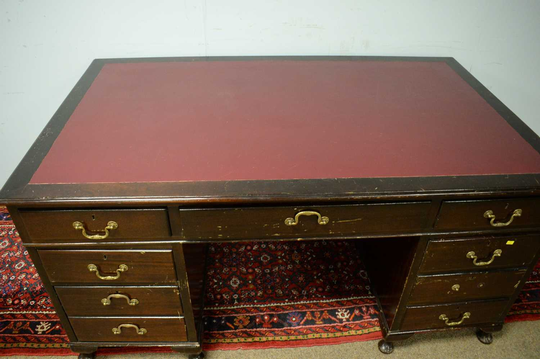 Edwardian mahogany desk. - Image 4 of 7