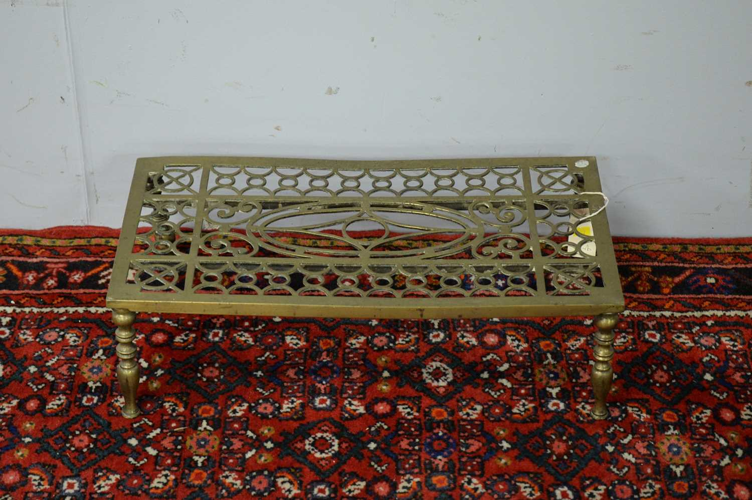 19th C brass trivet and fire curb - Image 2 of 3