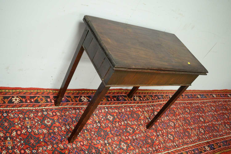 19th C mahogany tea table. - Image 4 of 5