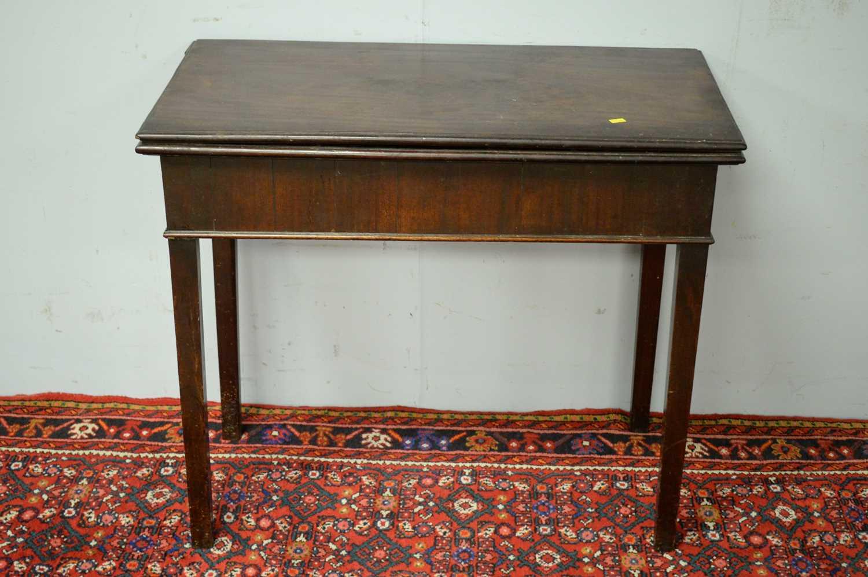 19th C mahogany tea table. - Image 2 of 5