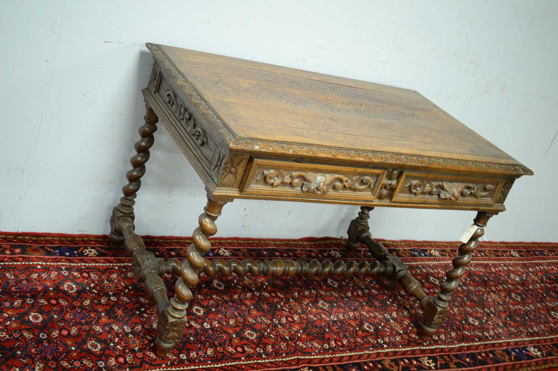 Victorian oak writing desk. - Image 3 of 7