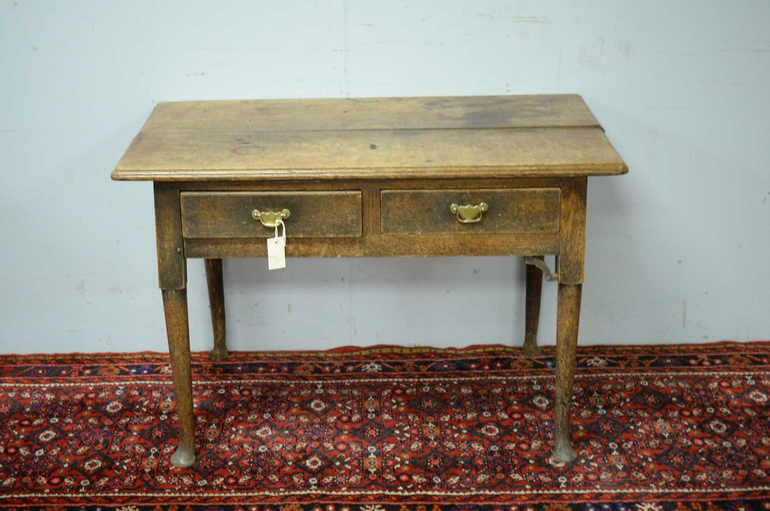 A 19th Century oak side table - Image 2 of 7