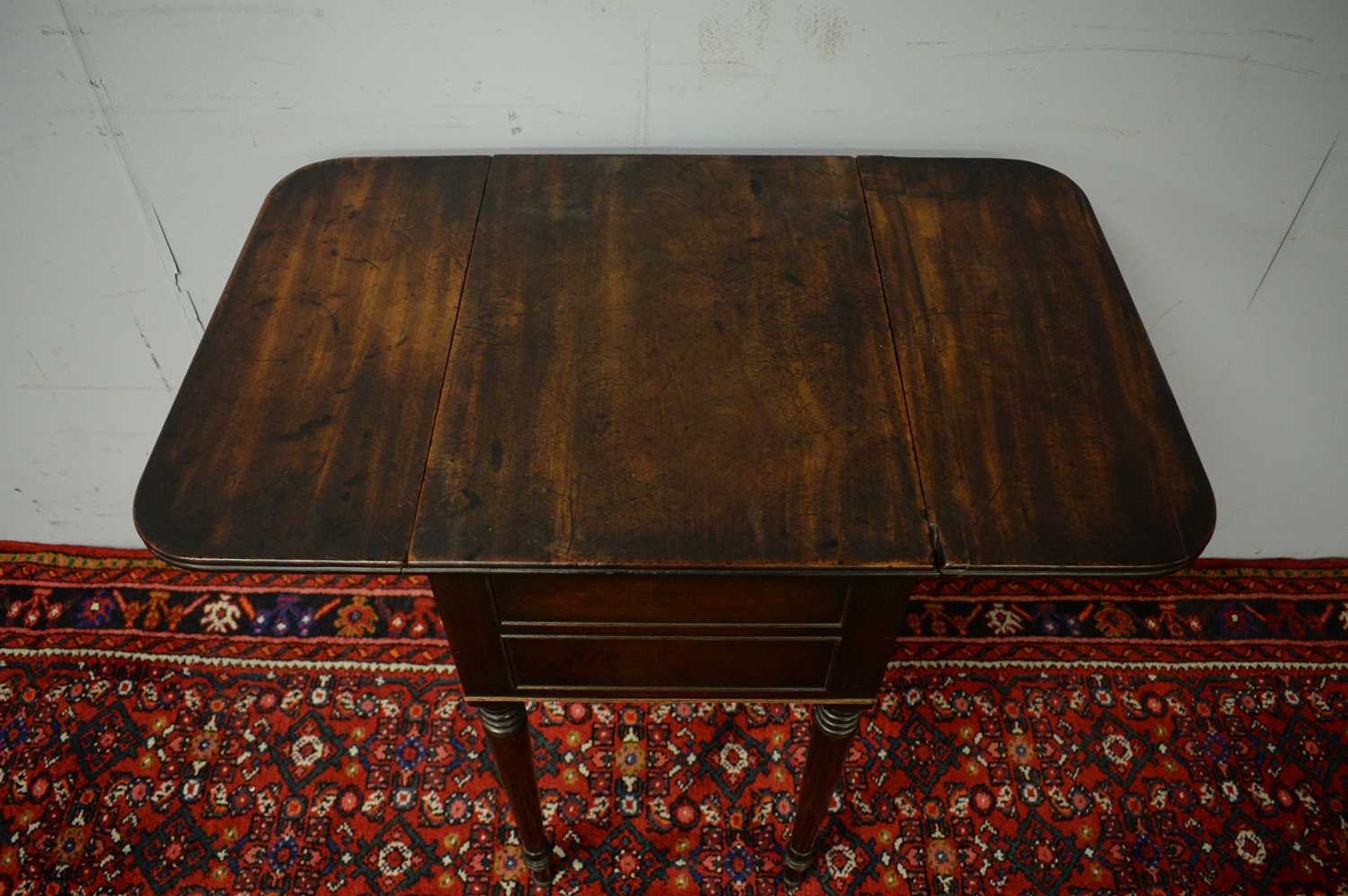 Victorian mahogany side table. - Image 4 of 5