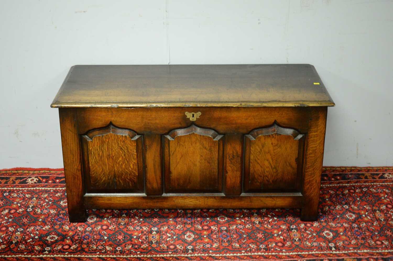N.H. Chapman 'Siesta' oak coffer. - Image 2 of 5