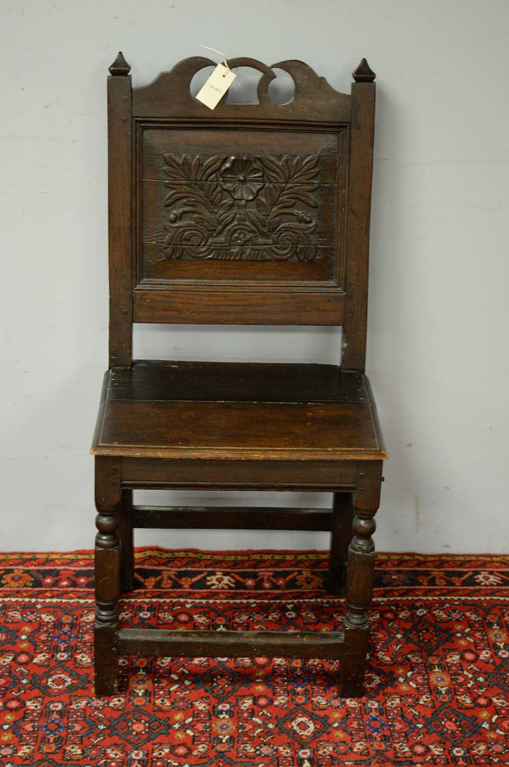 Late 19th C oak hall chair. - Image 2 of 5