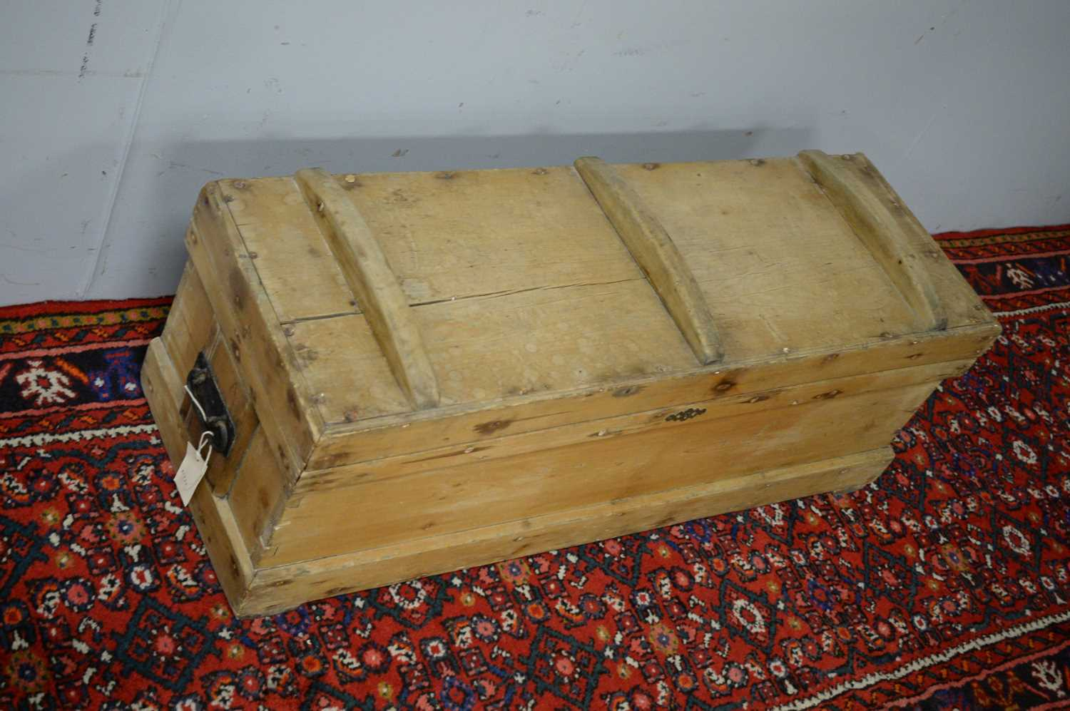 Early 20th C pine chest. - Image 5 of 5