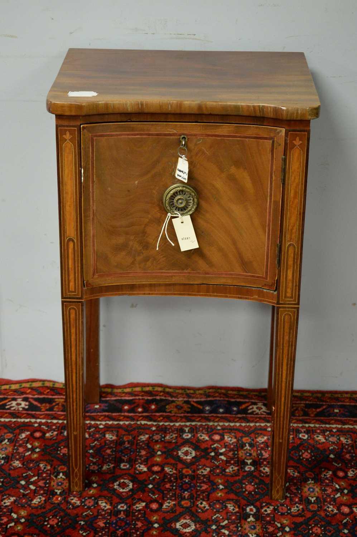 Victorian mahogany pot cupboard.