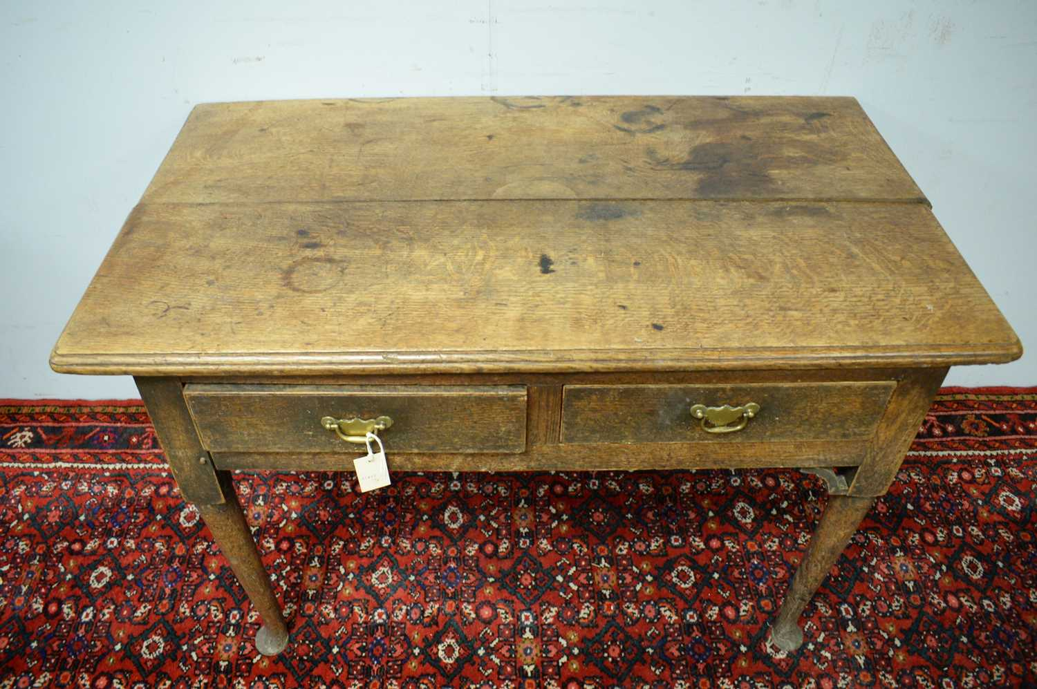 A 19th Century oak side table - Image 5 of 7