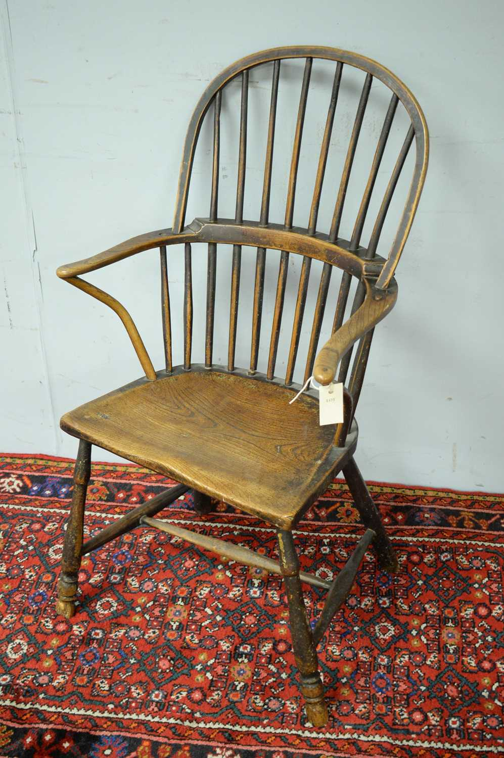 19th C Windsor chair. - Image 4 of 5