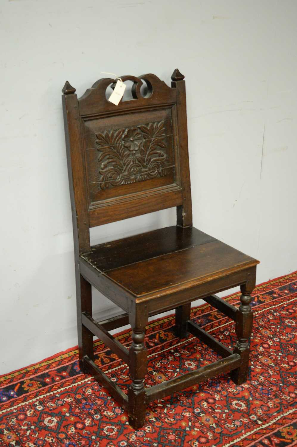 Late 19th C oak hall chair. - Image 3 of 5
