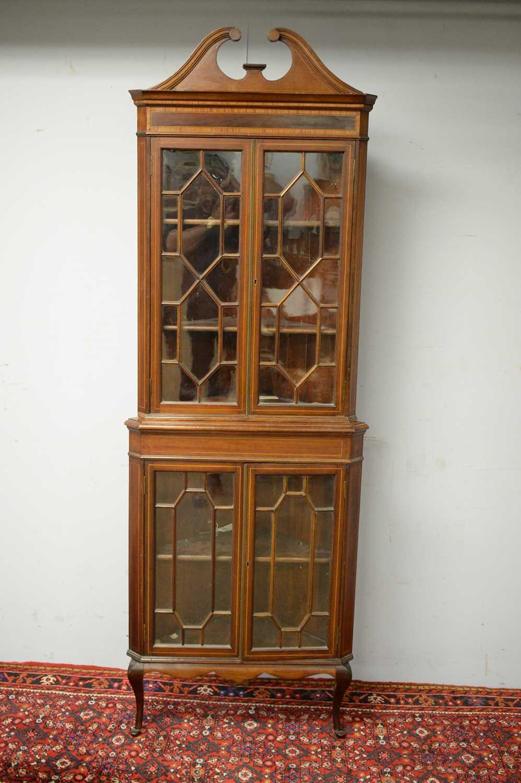 Edwardian mahogany corner cabinet. - Image 2 of 3