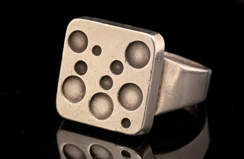 Magnus Steffensen for Georg Jensen, ring with circle design - Image 2 of 4